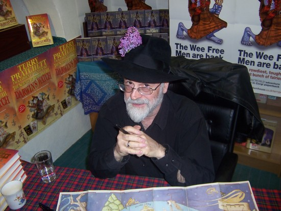 Terry_Pratchett_Hat